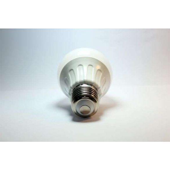 Aigostar LED izzó E27 10W 280° szórásszögű Hideg fehér